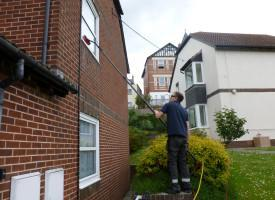 window cleaning teignmouth